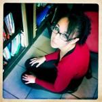 Doriane, la prière, cliché Hipstamatic Flash déclenché
